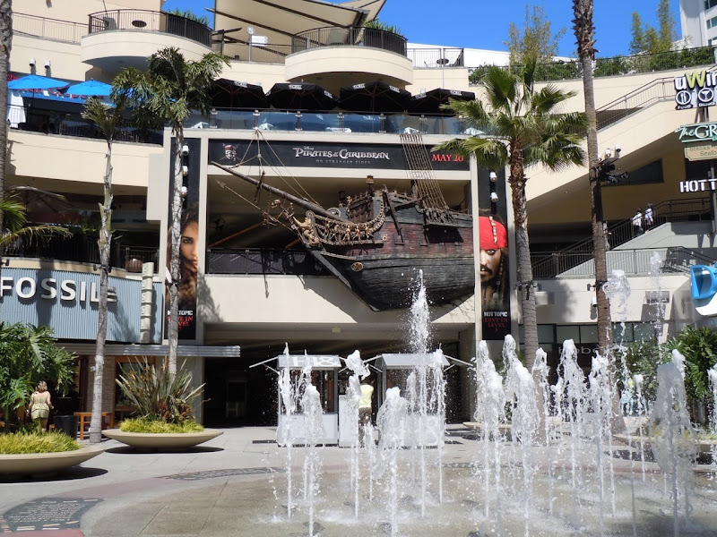 Disney Pirates ship Hollywood and Highland