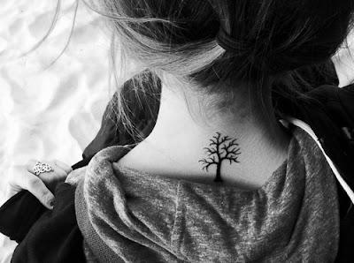 Tatuaje Árbol pequeño