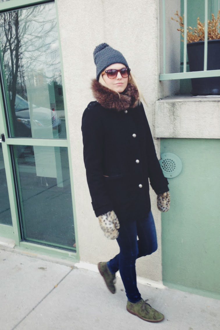 Gap beanie pompom hat tuque J brand Jeans J.Crew MacAlister camo shoes SOLO Eyewear