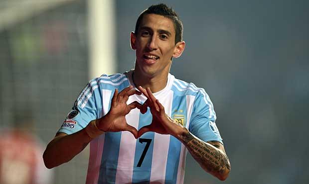 Argentina humilha o Paraguai e pega o Chile na decisão