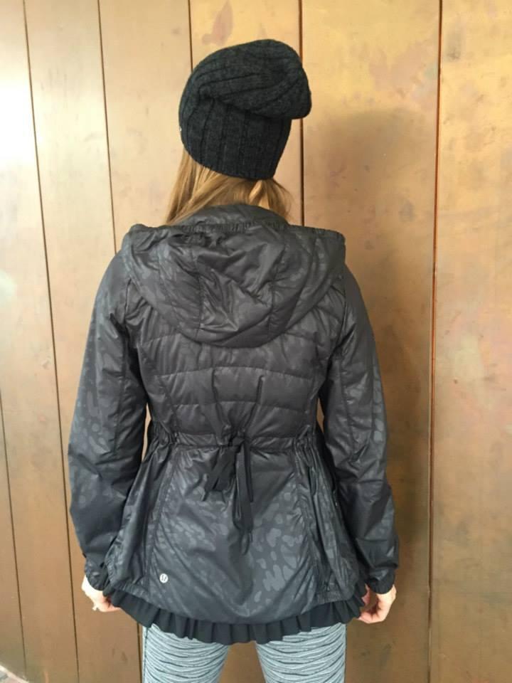 lululemon spring-fling-jacket inspire-tight