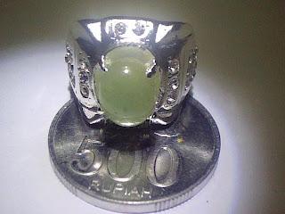 Manfaat Mengenakan Emerald ( Zamrud )