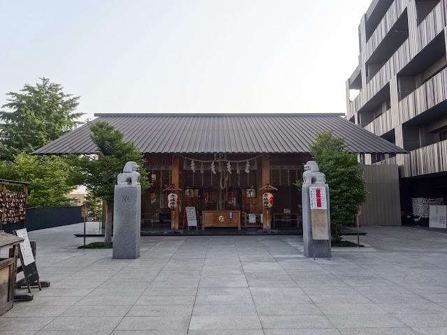 赤城神社,本殿,神楽坂,東京〈著作権フリー無料画像〉Free Stock Photos