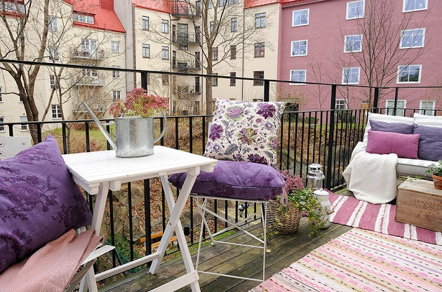 Almohadones en espacios exteriores