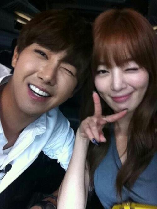 Kwanghee & Sunhwa Selca Bersama
