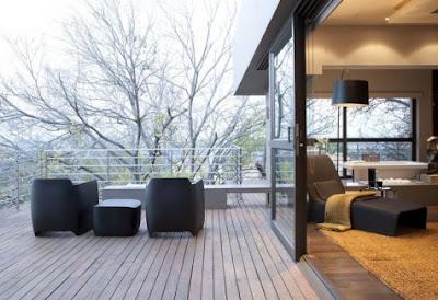 Gambar Teras Rumah Klasik Natural - Desain Rumah Minimalis