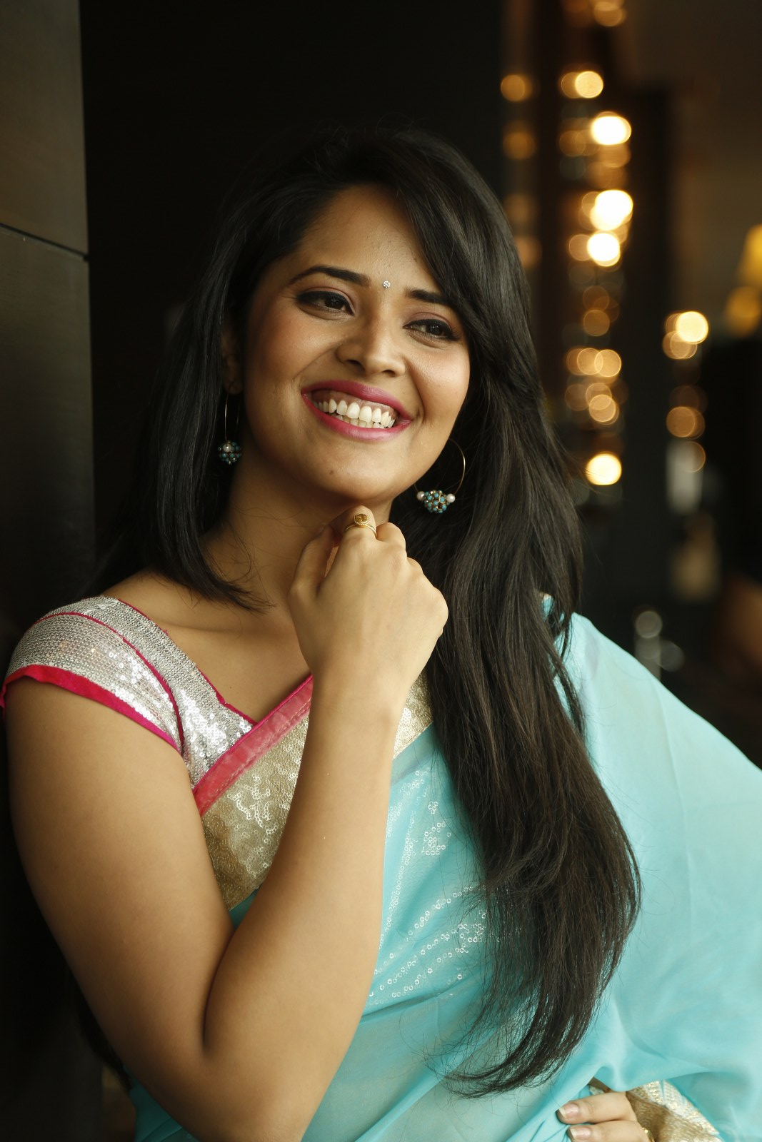 Anchor Anasuya in Saree Latest HD images