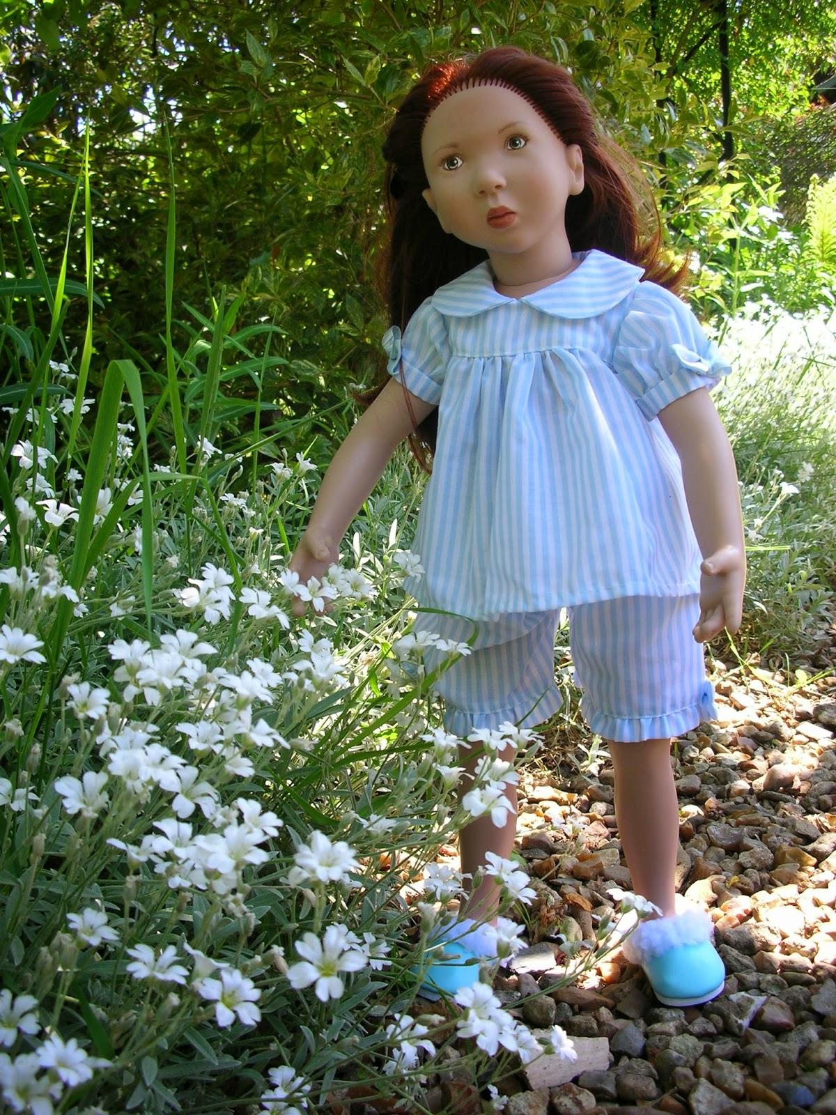 Le petit monde de line un matin au jardin - Comment supprimer le liseron au jardin ...
