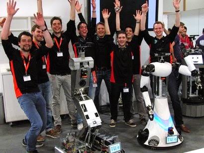 Zorgrobots TU/e geven Duitse robots het nakijken op RoboCup German Open