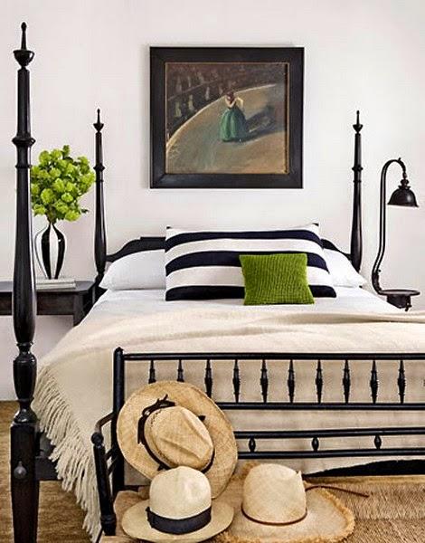 35-inspirasi-desain-ruang-tidur-bernuansa-hitam-putih-025