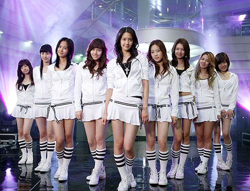 Girls' Generation into the New World