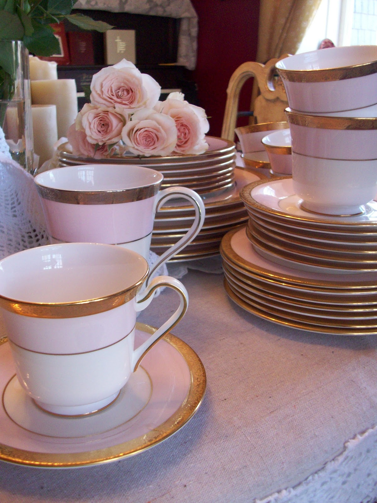 & I Adore The Exquisite Beauty of Mary Kay Pink China