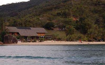 A mansão utilizada nas filmagens da série Crepúsculo também é uma construção irregular de Paraty
