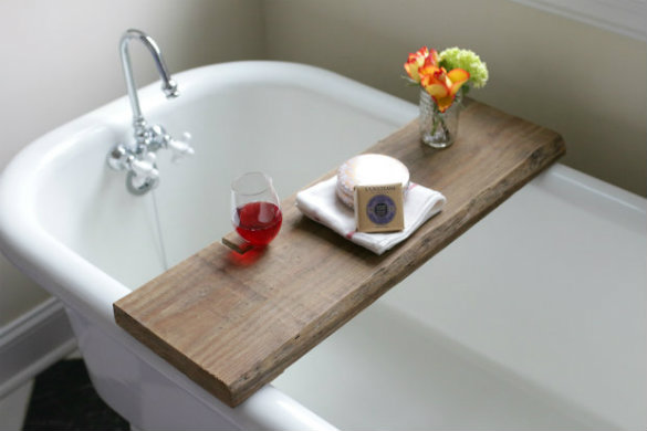 17 Apart: Over on eHow: DIY Reclaimed Wood Bath Caddy