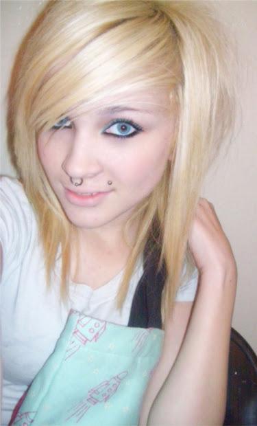 medium length emo hair girl