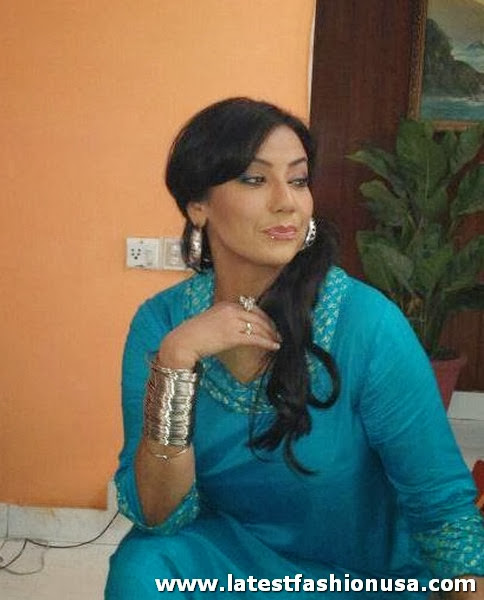 Ayesha Gul pictures