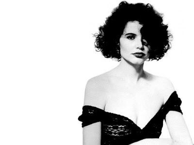 Geena Davis Lovely Wallpaper