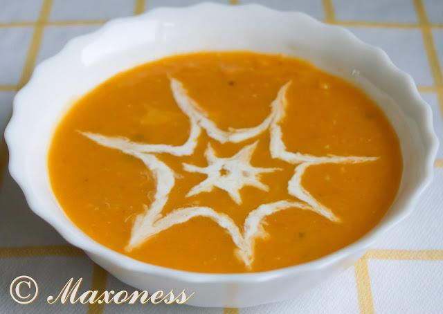 Пряный тыквенный суп на кокосовом молоке