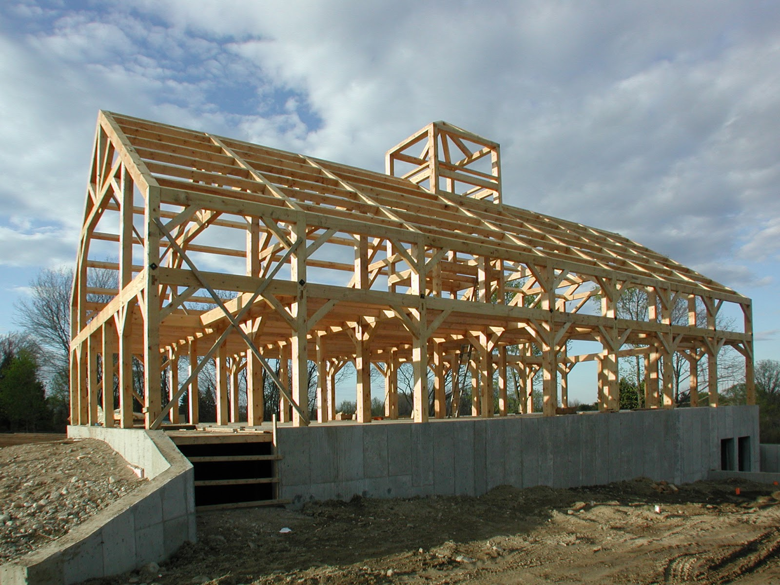 Post and beam sales timber frame barn for Building a timber frame