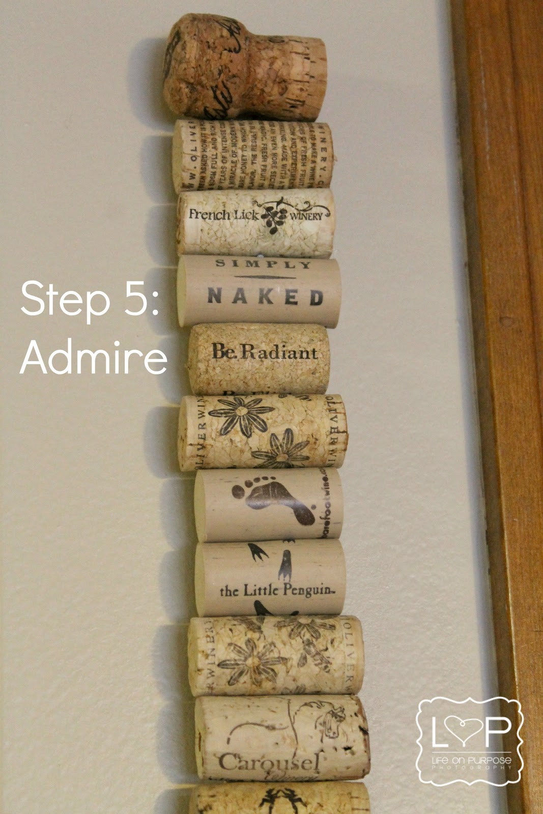Living my life on purpose 71 projects wine cork memo strip for Wine cork ideas projects