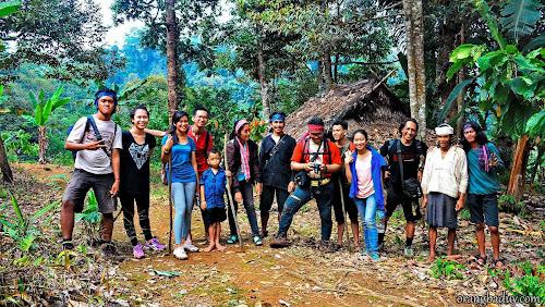Rombongan perjalanan ke Baduy