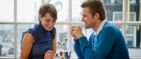 great-first-date-man woman couple-كيف تتصرّف كرجل من وجهة نظر المرأة..وتترك انطباع جيد لديها عنك - لقاء عاطفى غرامى موعد الاول