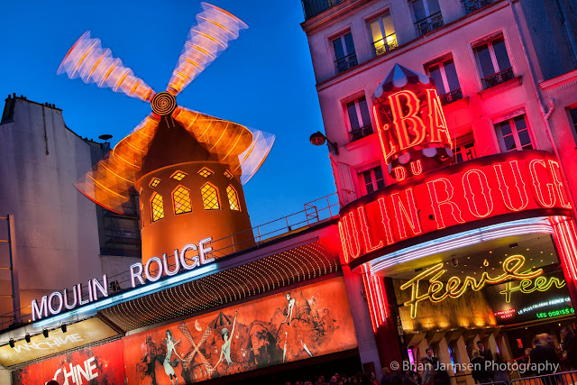 Another must-see attraction on every Parisian itinerary—Moulin Rouge.