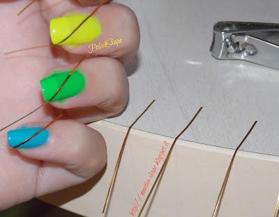 Una volta asciugato il tutto ho applicato lo striping diagonalmente e ...