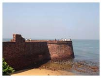 Forts In Goa, Fort Aguada, Sinquerim
