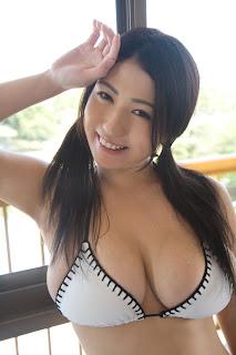 foto cewek seksi toket gede Hot2