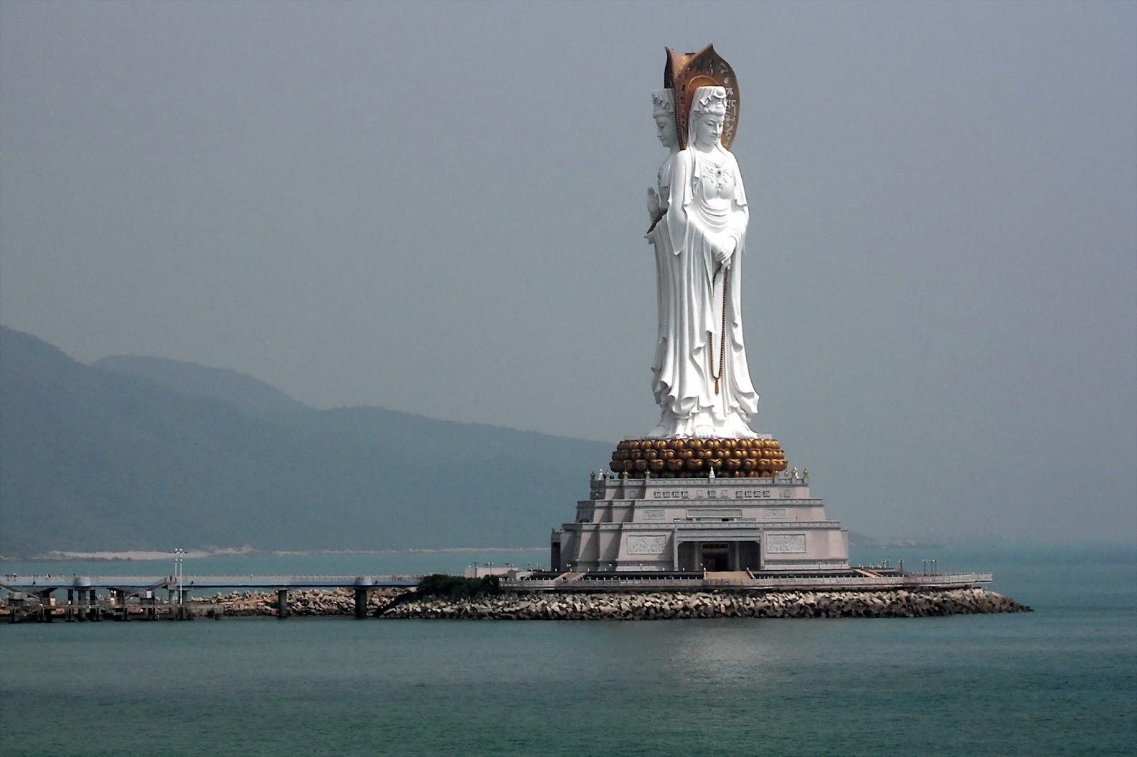 Самые Высокие Статуи В Мире. Да уж...