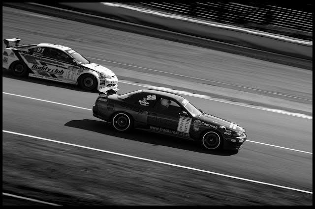 Honda Integra DC5 & Nissan Skyline R32 GT-R godzilla VTEC japoński sportowy samochód wyścigi racing