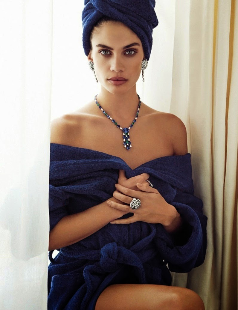 Sara-Sampaio-By-Alvaro-Beamud-Cortes-For-Vogue-Spain-05