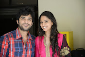Boy Meets Girl Tholiprema katha Lead Pair Photos-thumbnail-5