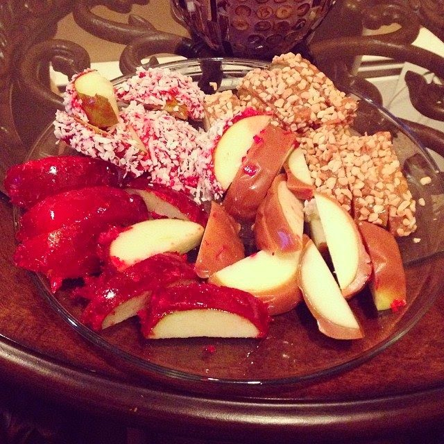 Melissa Gorga sharing her several pictures into Instagram account on Friday, April 18, 2014