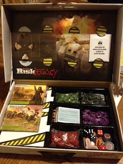 Risk Legacy What is in the box