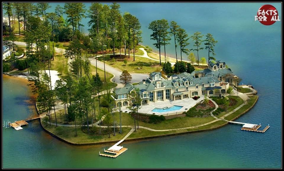 house on lake martin