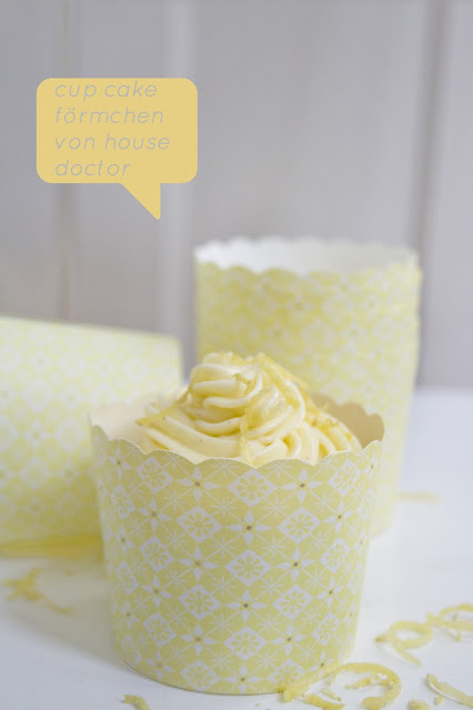 Lemon Curd Cupcakes mit Formen von House Doctor