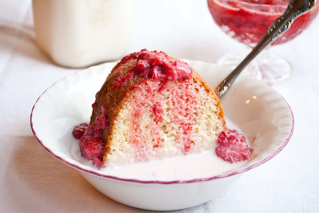 Strawberry Shortcake (Cottage Pudding)