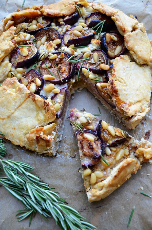 ... for a Rosemary, Goat Cheese and Fig Galette, sounds amazing, right