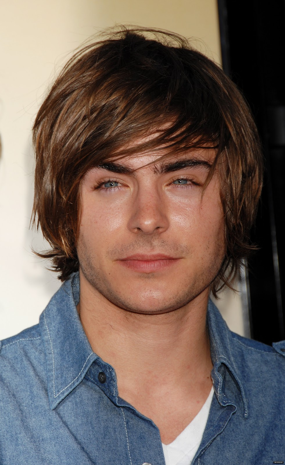 Zac efron dating anyone 2013
