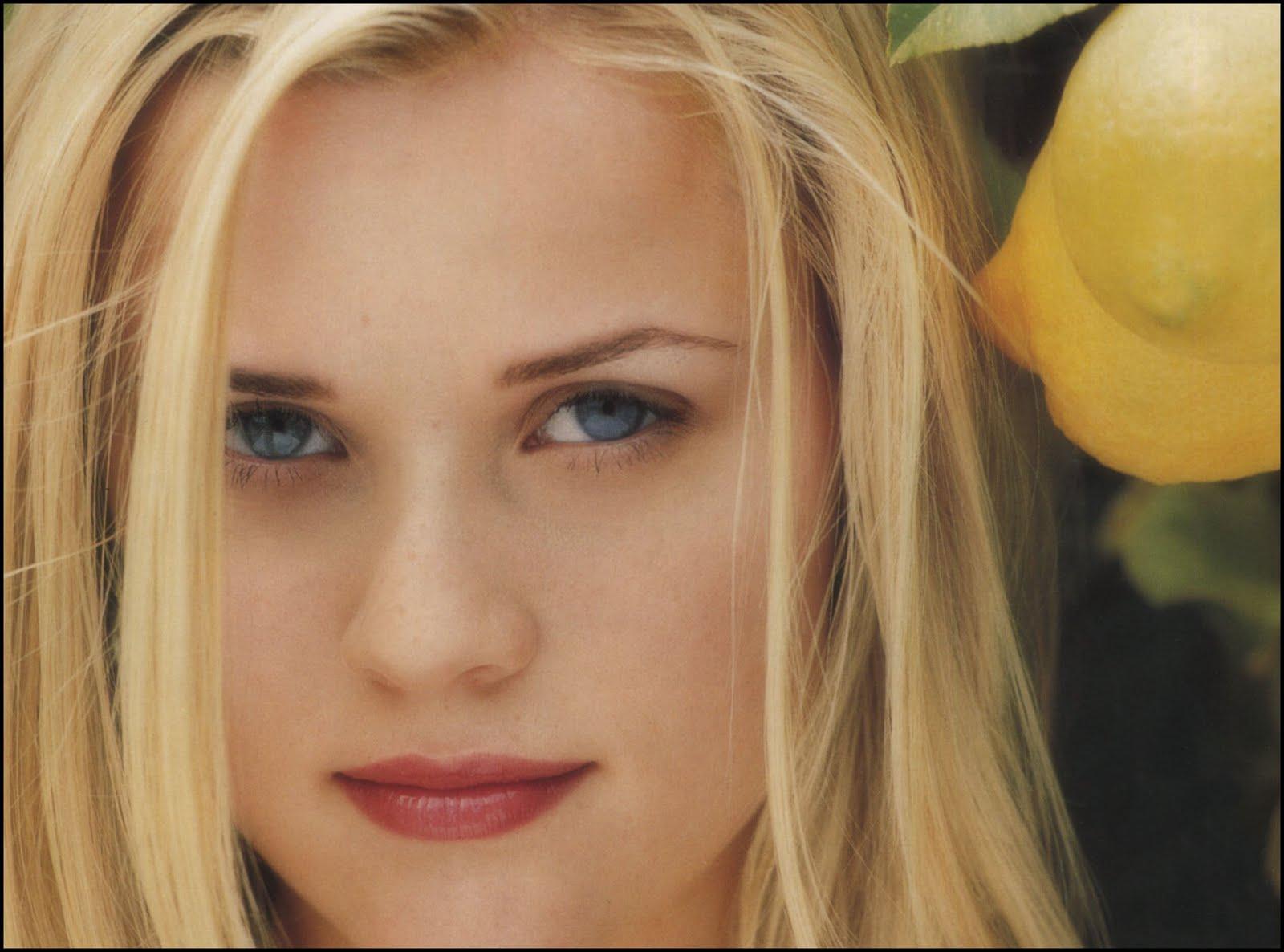 http://1.bp.blogspot.com/-2lv52foeYh0/TX0pb2J2tCI/AAAAAAAAOI8/F0CMQMjglR8/s1600/ReeseWitherspoon_1998_100.jpg
