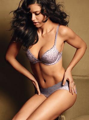 Adriana Lima - Victoria Secret