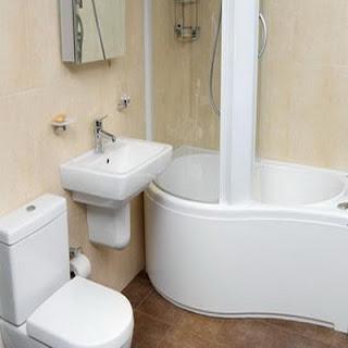 MODELE DE BAI: Obiectele sanitare si mobilierul