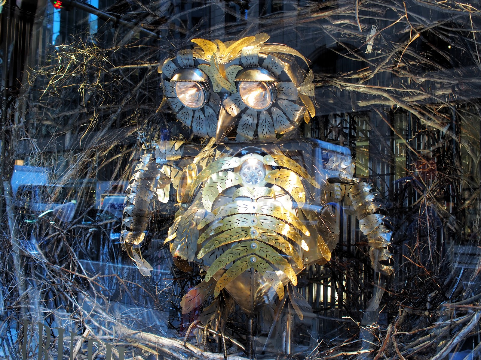Holiday Owl #HolidayOwl #barneys #holidaysinNYC #BazLuhrmann #besttimeoftheyear #celebrate ©2014 Nancy Lundebjerg