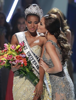 Miss Universe 2011 Leila Lopes-8
