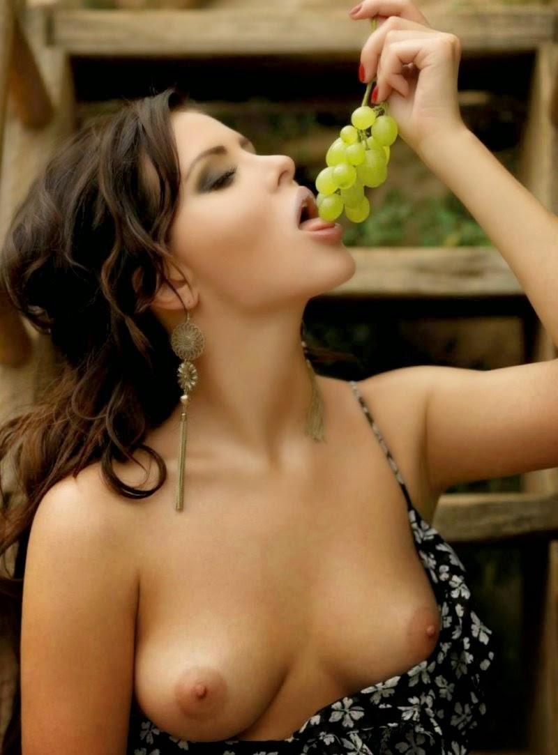 Украинка анастасия порно фото 356-359