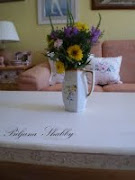 Shabby chic drveni stol