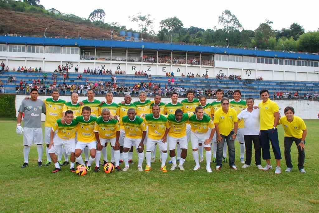 Grandes jogadores do futebol nacional formaram o time 'Amigos do Bebeto'