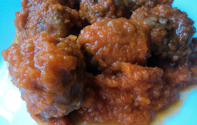 Albóndigas de carne de la abuela Andrea, en salsa de tomate